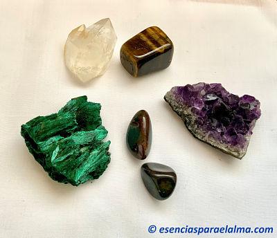 5-cristales-para-transformarte-en-el-Equinoccio-de-otono-concha-suarez-esencias-para-el-alma